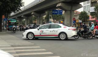 Hãng Taxi Vinasun dùng Toyota Camry 2020 làm xe taxi tại Việt Nam
