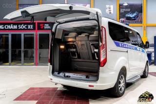 Ford Tourneo Limousine Phiên Bản Giới Hạn