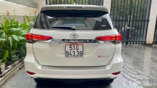 Toyota fortuner 2019 trắng