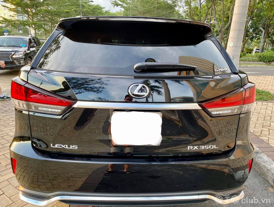Chính chủ bán Lexus RX350L model 2020, sx cuối 2019