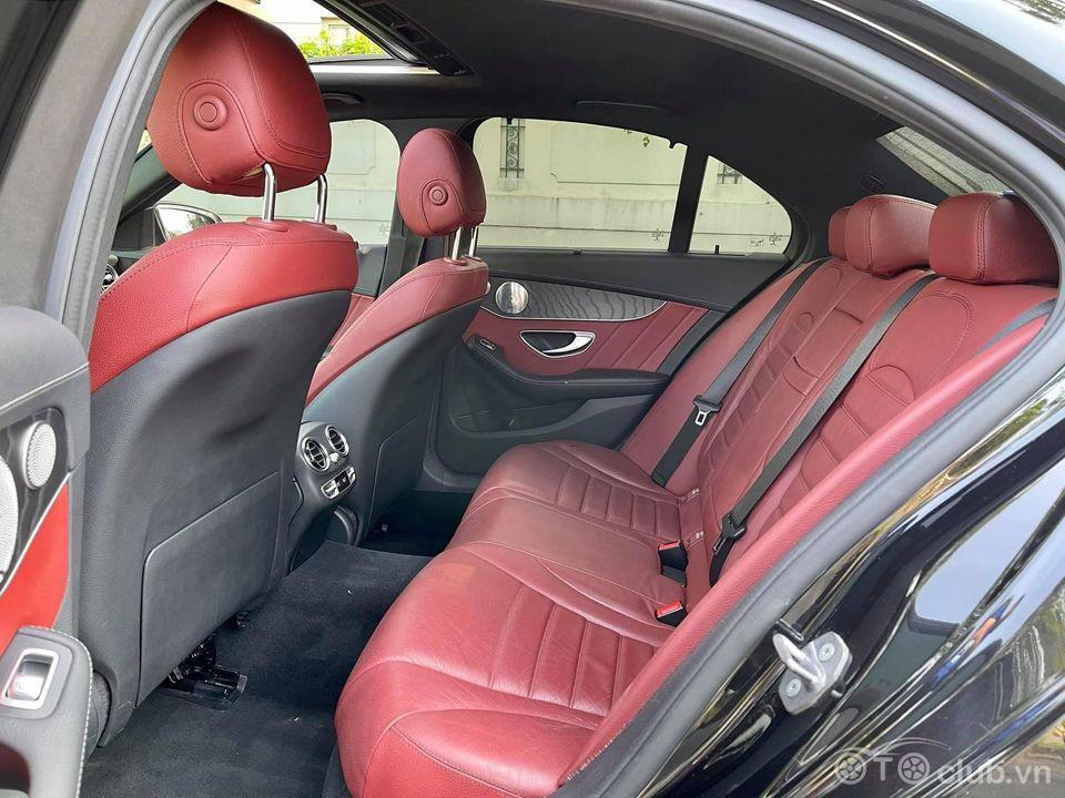 Mercedes C300 Đen đỏ sx2016