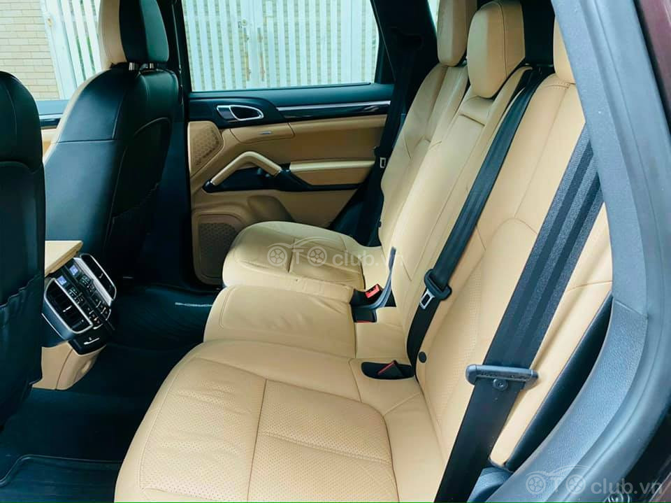 Cần bán Porsche Cayenne ( hh 20triệu cho ai giới thiệu)