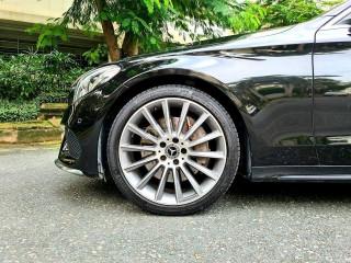 Mercedes C300 cũ, Đen-nội thất Đỏ siêu đẹp