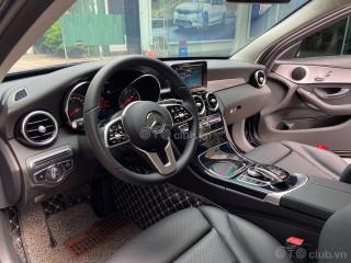 Mercedes C180 model 2020 siêu siêu lướt 2400km