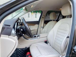 Mercedes Benz GLC250 model 2018