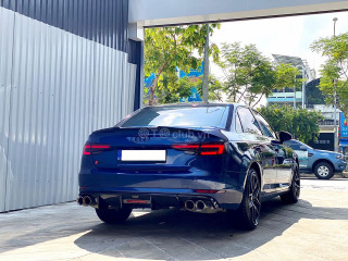 Audi A4B9 update bodykit RS4