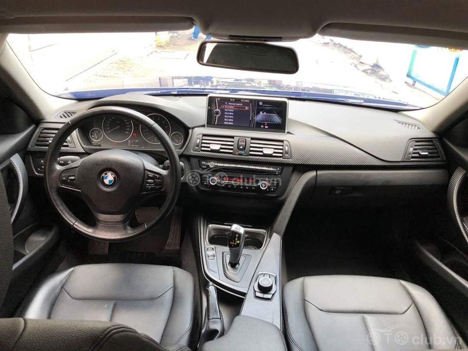BMW F30 320i model 2013