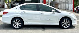 Peugeot 408 Premium Mode 2017 full options