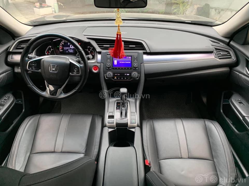 Honda Civic 1.8, đk lần đầu 09/2018
