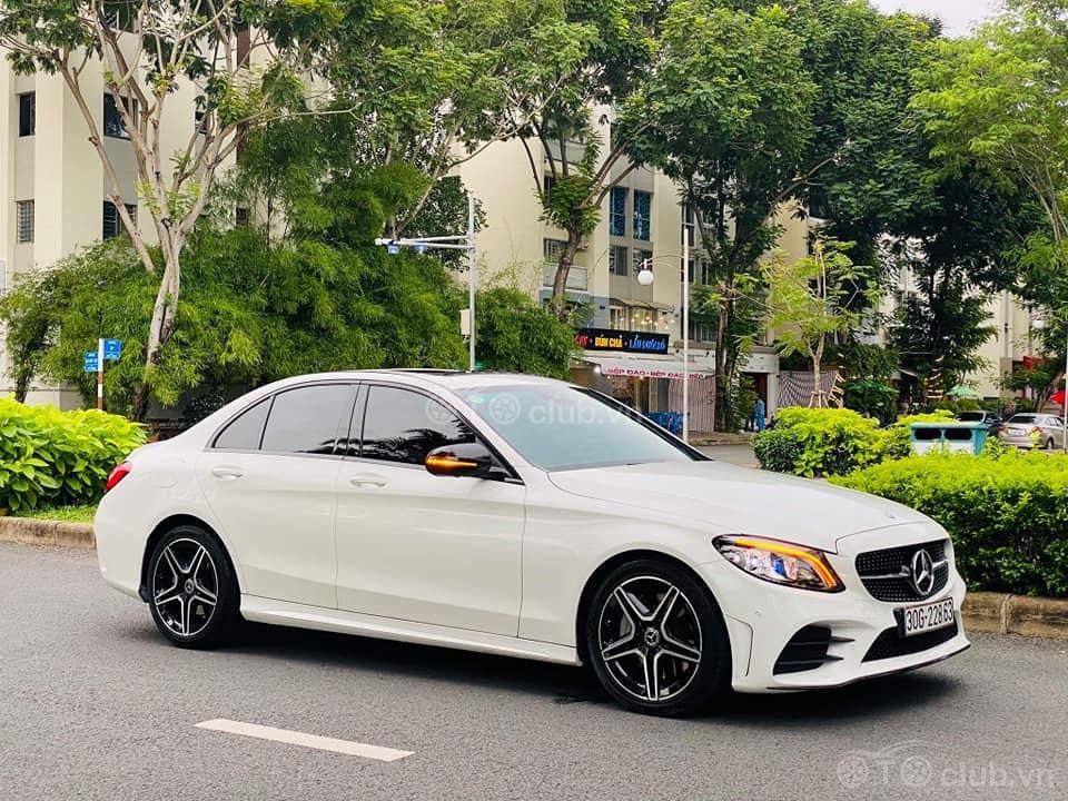 Mercedes Benz C300 Model 2019