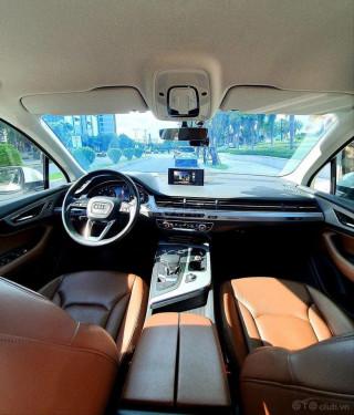 Bán Audi Q7 đời 2017
