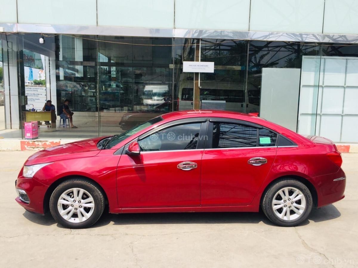 Bán xe Chevrolet Cruze AT 2017 - Màu đỏ Giá siêu tốt