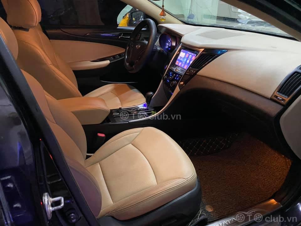 Hyundai Sonata bản Y20 Full Option nhập