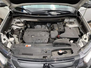Cần Bán Mitsubishi Outlander 2.0 std 2018