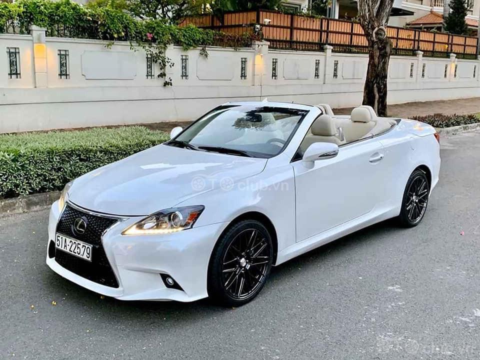 Lexus IS250C sản xuất 2011 siêu hiếm