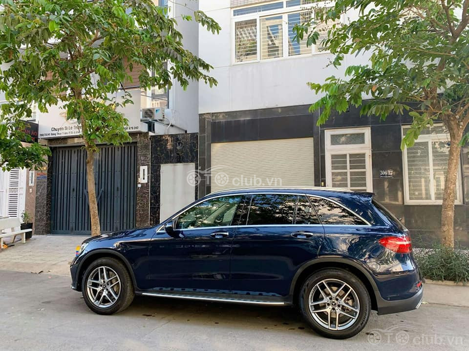 Giải Cứu Mercedes-Benz GLC 300