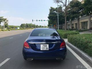 Mercedes-Benz C300 AMG model 2018