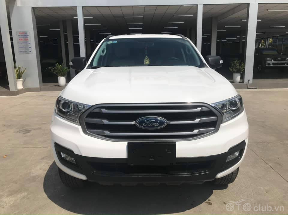 Ford Everest 2.0 Ambiente 2019