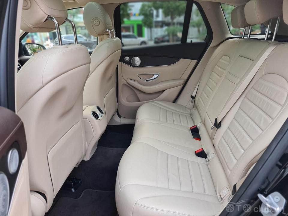 Mercedes GLC300 4matic sx19 model 20 màu đen