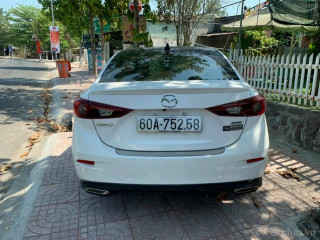 Mazda 3 Luxury 1.5at 2019