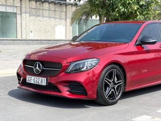 Mercedes C300 AMG sản xuất 2018 model 2019