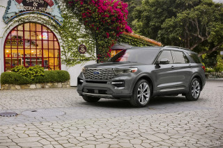 Ngoại thất Ford Explorer King Ranch Edition 2021