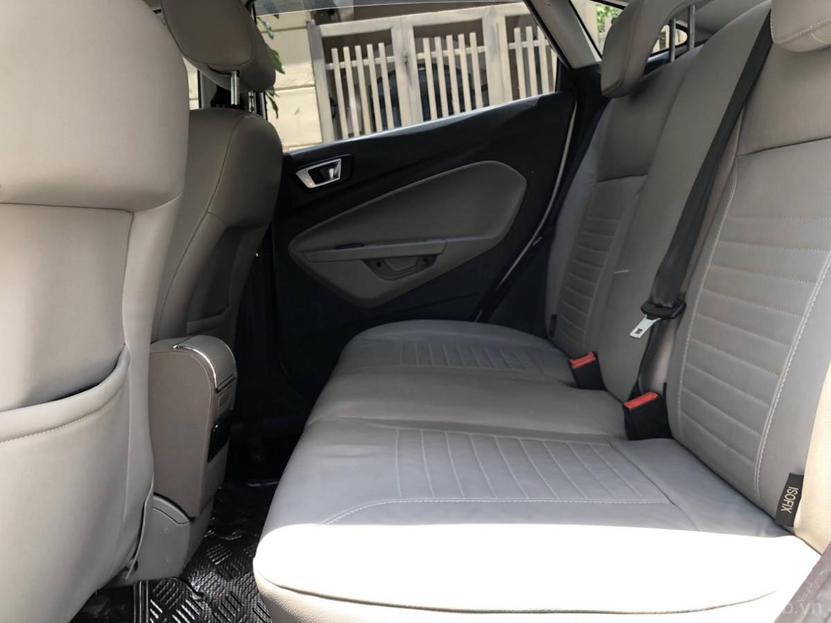 Ford Fiesta 2016 đẹp long lanh, nhỏ gọn linh hoạt